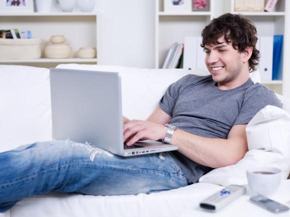 Пара часов в день с ноутбуком на коленях — гарантия мужского бесплодия