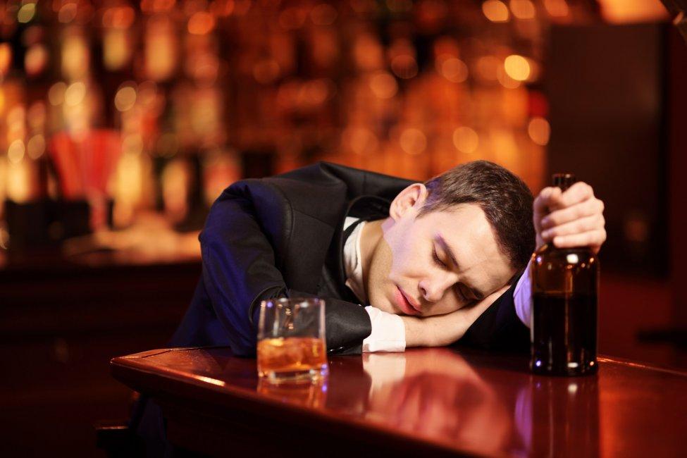 Алкоголь разрушает все в том числе и мужскую силу