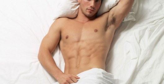 Бессонница у мужчин «бьет» по самым деликатным органам