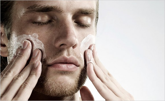 Как правильно подобрать скраб для лица?