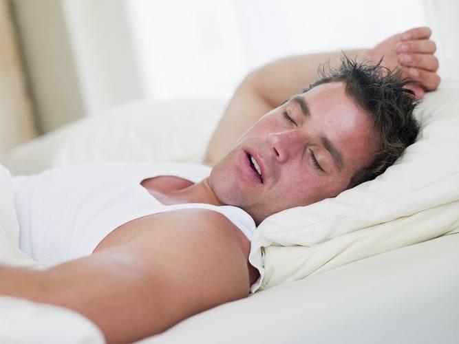 Что бы не стать жертвой импотенции нужно тщательно выбирать позу для сна