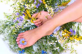 Неприятный запах и потливость ног