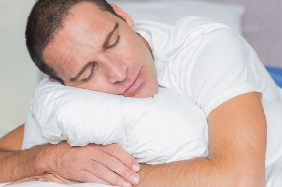 Почему мужчины происходит ночная эрекция?