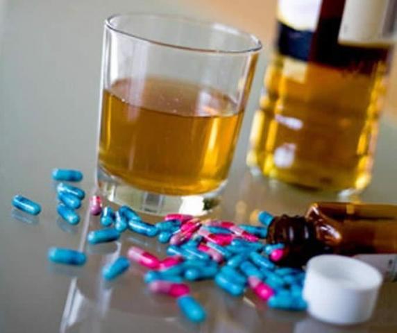 В Китае торговец алкоголем втайне от клиентов добавлял в спиртное аналог «Виагры»