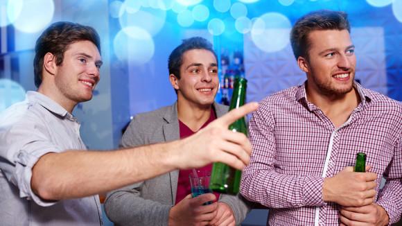 Британец организовал вечеринку для мужчин с маленькими пенисами