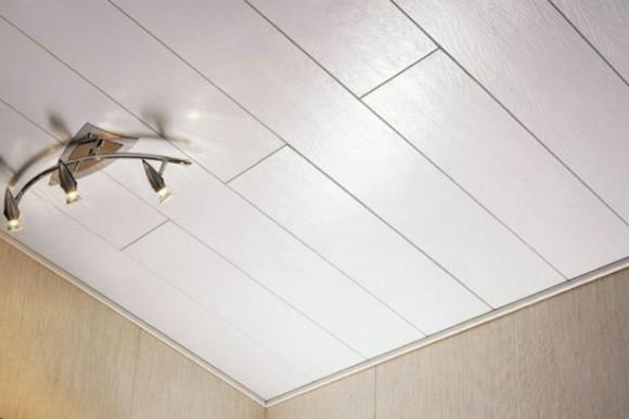 Устройство потолков из пластиковых панелей