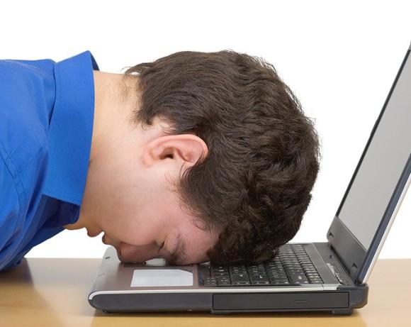 Работа за компьютером приводит к депрессии и импотенции