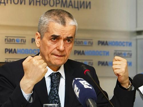Онищенко считает, что ограничение госзакупок презервативов улучшит демографию