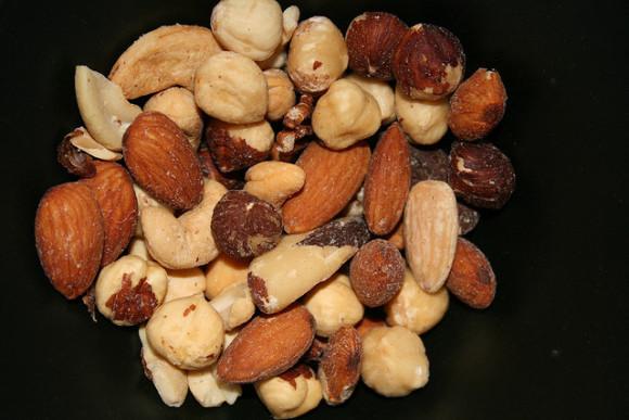 Врачи: Орехи повышают потенцию