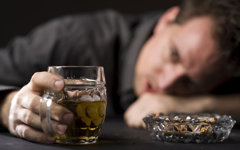 Любовь к спиртному приводит к мужскому бесплодию