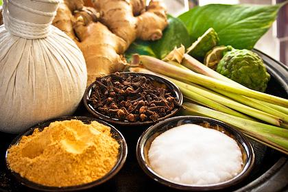 Мед, лук и семена петрушки помогут при простатите