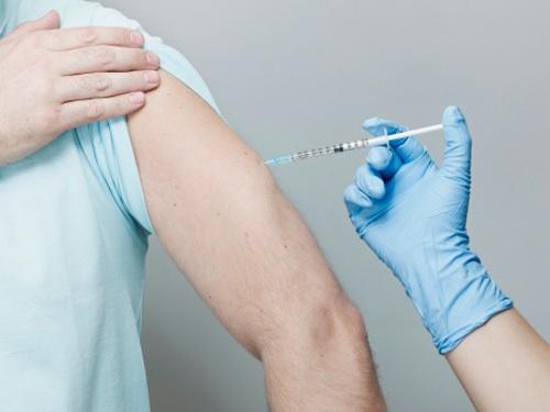 Инъекции тестостерона ундеканоат уменьшают проявления анемии у гипогонадных мужчин