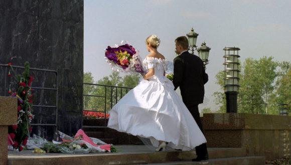 В Госдуме предложили проверять репродуктивное здоровье вступающих в брак