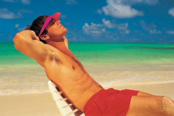 Солнечные ванны повышают сексуальное влечение мужчин