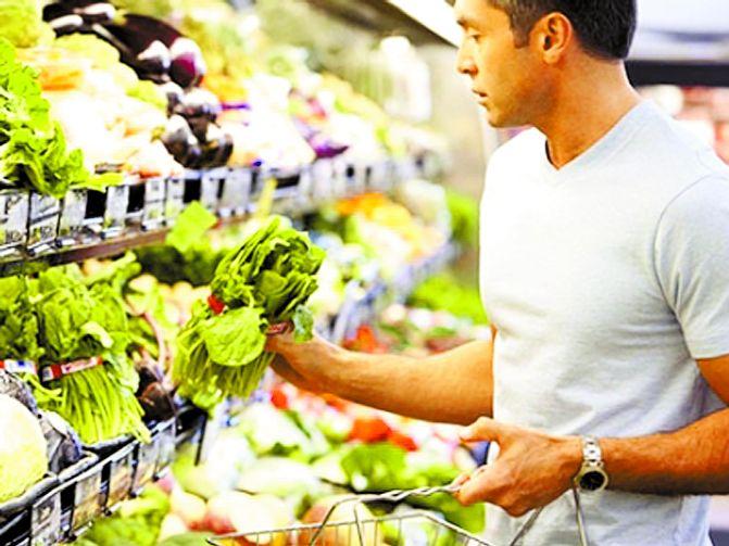 Современная еда превращает мужчин в женщин: страшные подробности