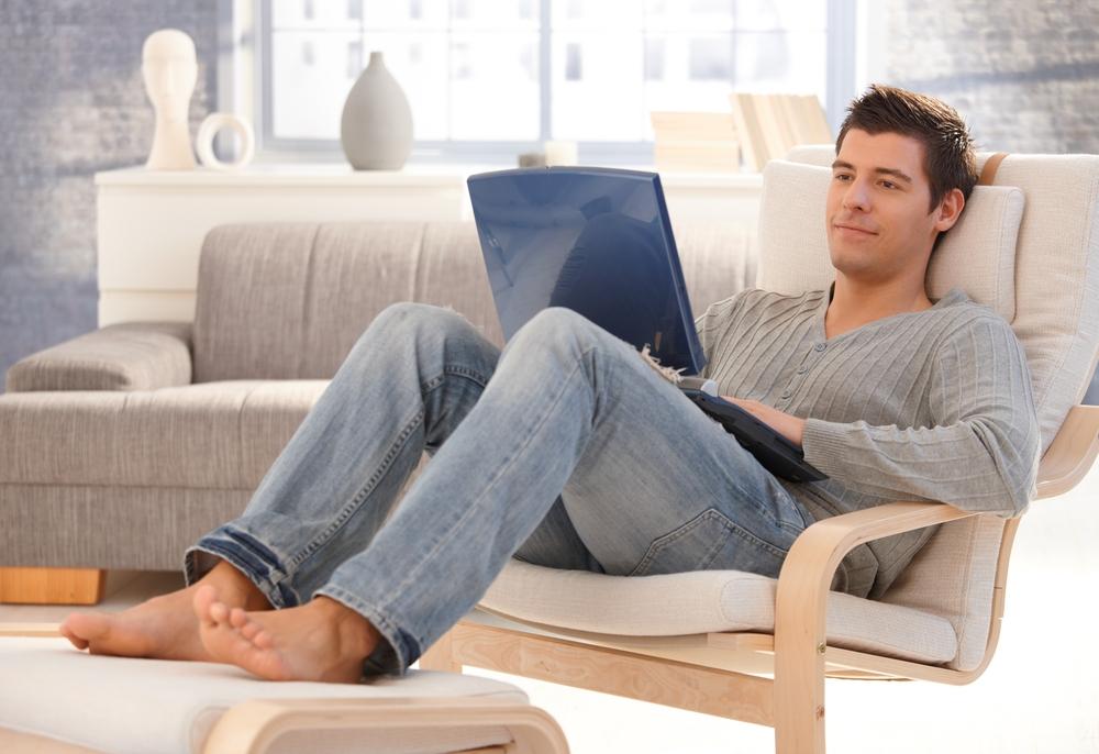 Если хочешь стать отцом, убери ноутбук с колен