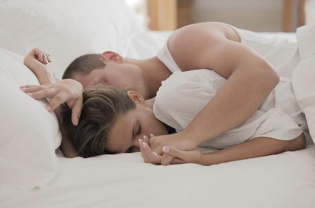 Особенности мозга заставляют мужчин засыпать сразу после секса