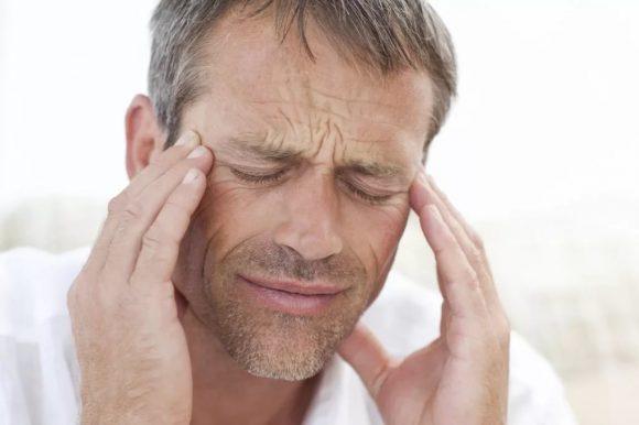 Ученые: секс вызывает у мужчин головную боль