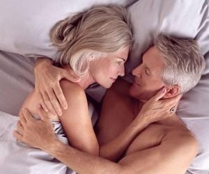 Боль мешает женщинам среднего возраста заниматься сексом