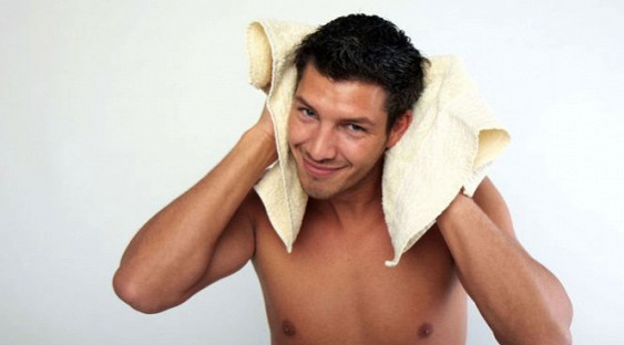 Врачи открыли новую опасность дезодорантов для мужчин