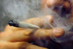 Курение марихуаны влияет на потенцию?