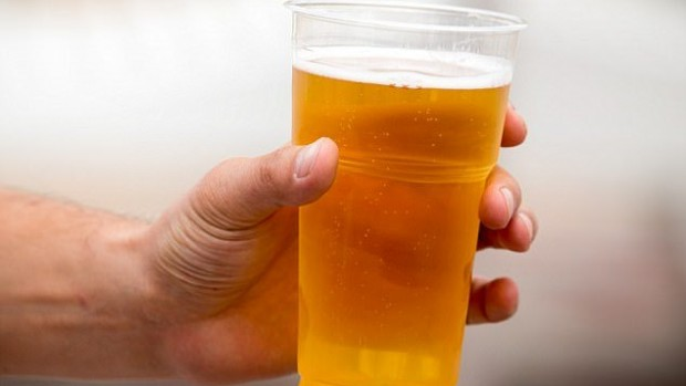 Чрезмерное употребление пива уменьшает время реакции у людей