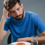Все больше мужчин страдают от расстройства пищевого поведения