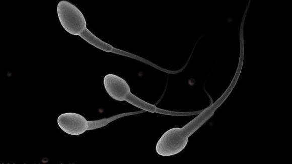 Мужское бесплодие повышает давление и вызывает гормональные нарушения