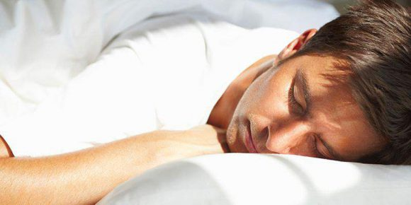 Позы сна влияют на потенцию