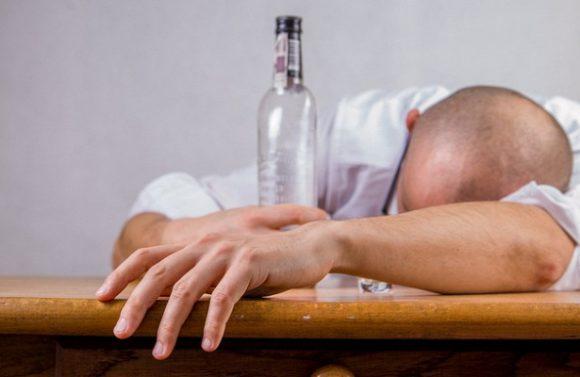Российские учёные создали напиток для снижения тяги к алкоголю