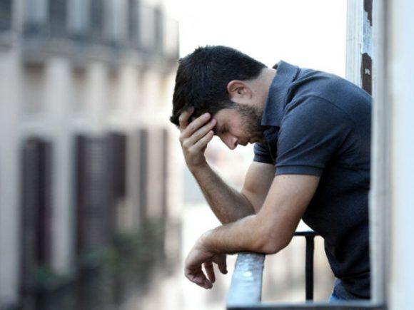 Послеродовая депрессия стала уделом мужчин