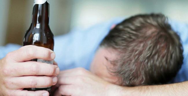 Как алкоголь воздействует на мозг?
