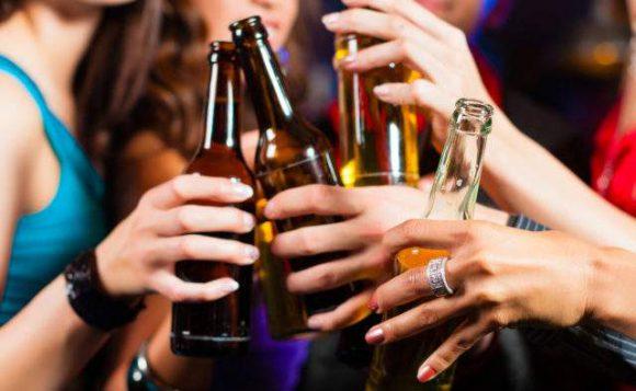 Эти напитки могут вызвать болезни почек