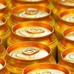 Умиравшего от алкогольного отравления спасли 15 банок пива