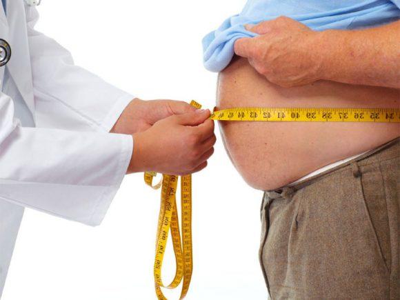 Лишний вес у мужчин может спровоцировать бесплодие