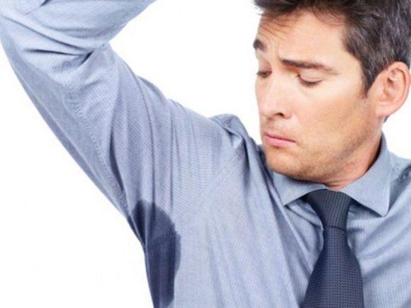 Повышенная потливость: почему возникает и что делать?