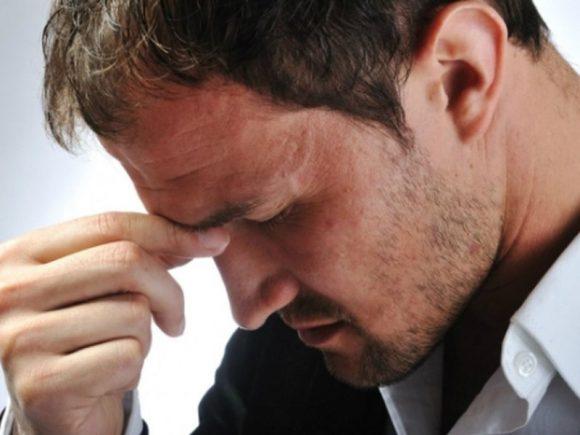 Рост самоповреждений среди мужчин ученые связали с кризисом 2008 года