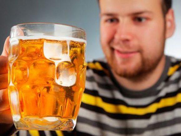 Врач-уролог Гусейин Садыков: пиво может довести мужчин до бесплодия