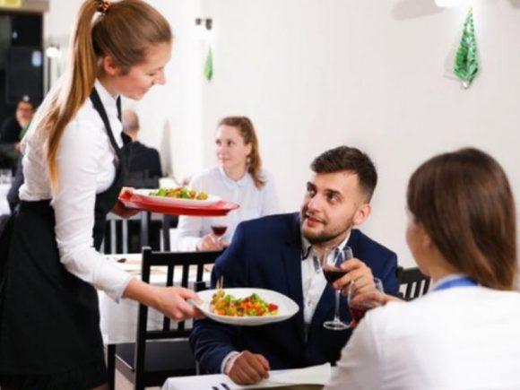 Частые обеды в кафе и ресторанах могут плохо сказаться на фертильности