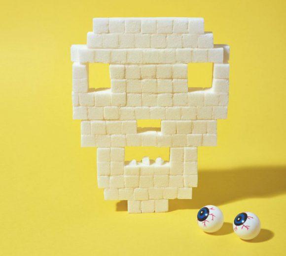 Вредно или нет: сахар, смартфон и еще 4 возможных риска для организма