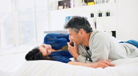 Здоровье мужчины в руках женщины