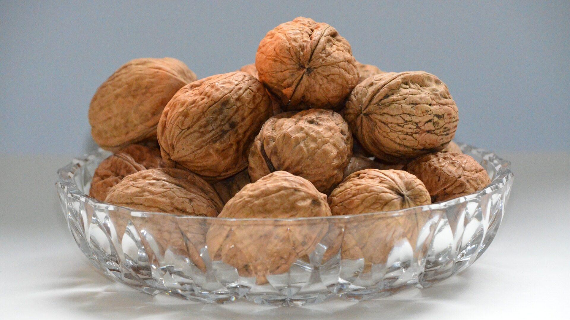 Орехи влияют на половую функцию у мужчин