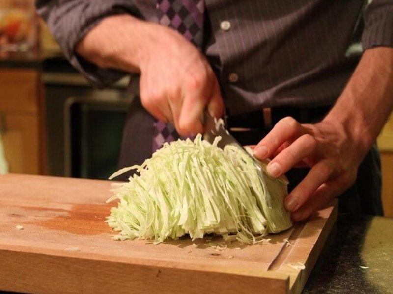 Почему мужчинам рекомендуется обязательно есть капусту