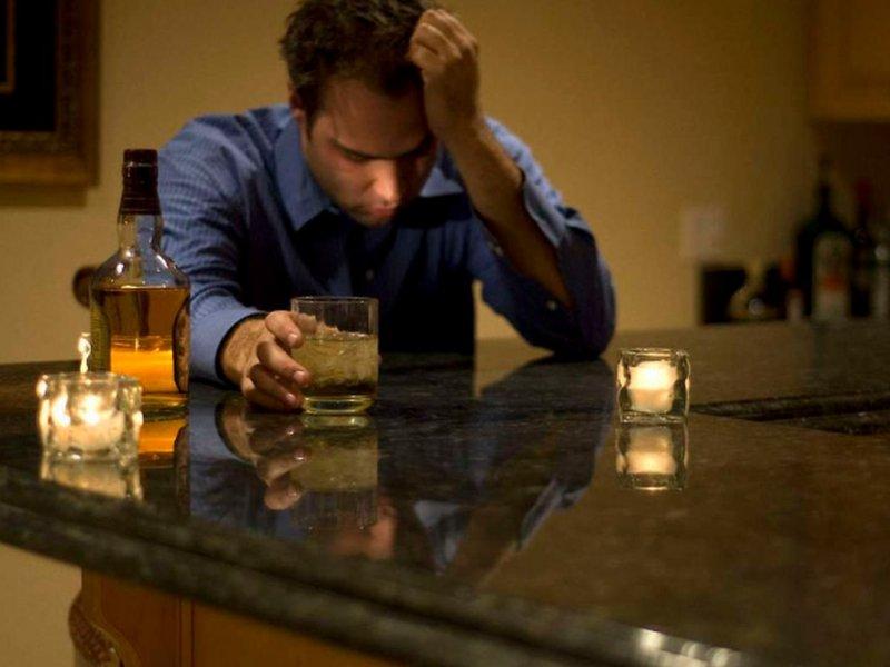 Врач назвал исключительный случай, когда алкоголь приносит пользу