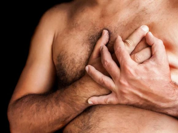 6 причин, из-за которых у мужчин растет грудь