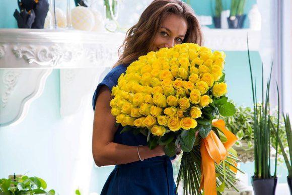 Обратитесь в доставку цветов в Нижнекамске, если желаете порадовать близких