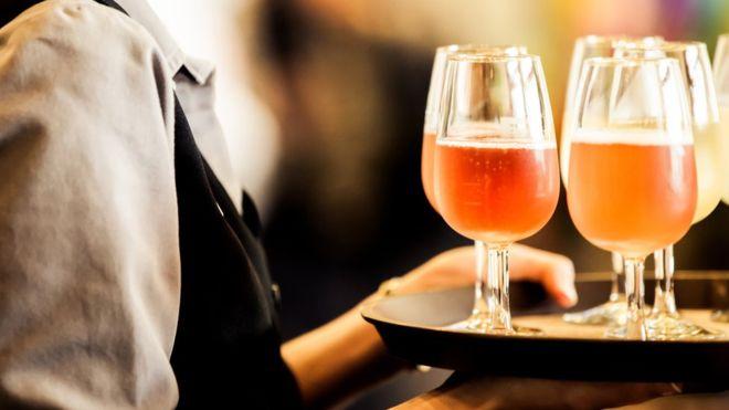 Некрепкий алкоголь полезен для сексуальной жизни
