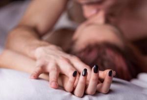 Сексолог: регулярный секс повышает иммунитет