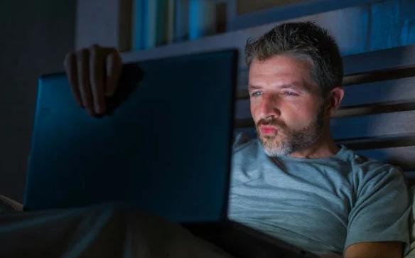 Просмотр порнофильмов негативно влияет на потенцию