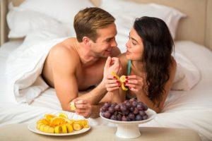 10 компонентов рациона, способных обеспечить мужчине полноценный секс